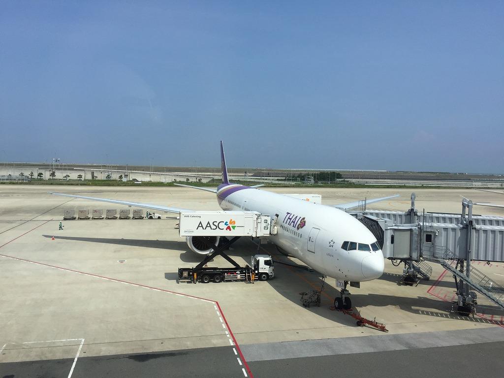 スリランカ行き飛行機